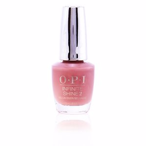 Opi INFINITE SHINE2 #ISLE41-barefoot in Barcelona